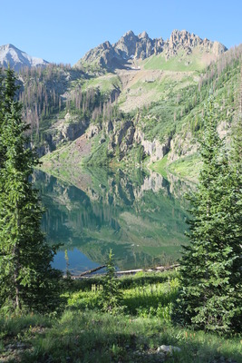 Crater lake 4 mile hike
