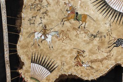 CROW HORSE